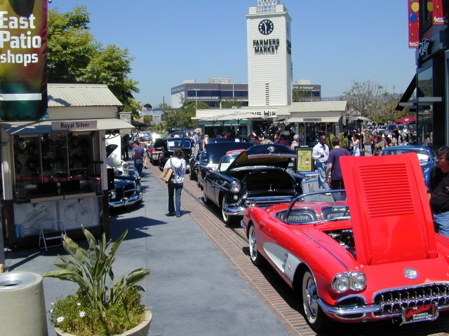 Gilmore Heritage Auto Show on the Market Plaza